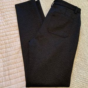 NWOT - Calvin Klein skinny pants